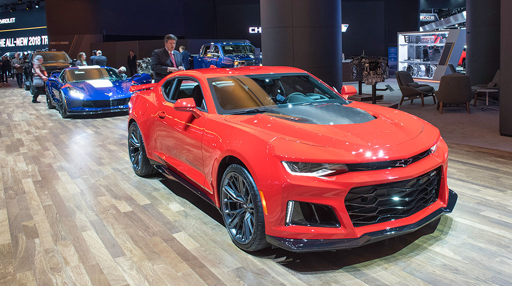 2017 Camaro and Corvette at NAIAS